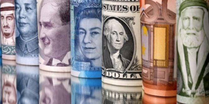 Американский доллар относительно стабилен, однако негативная тенденция не отпускает