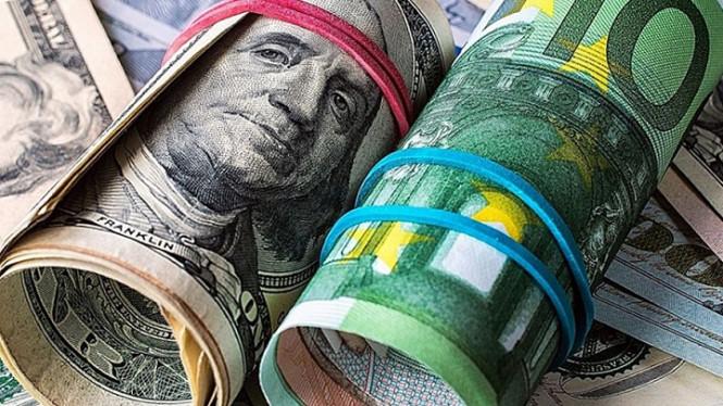 EUR/USD: финансовые локомотивы в лице ФРС и ЕЦБ вывезут экономику и валюты
