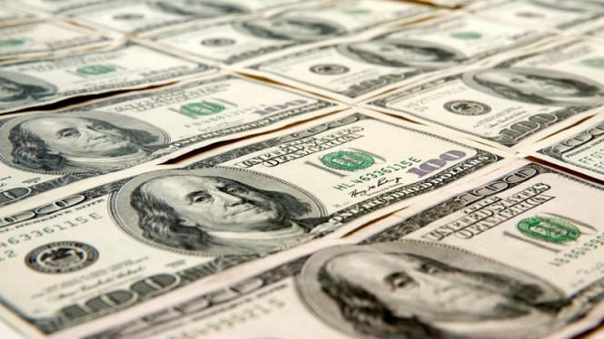 Доллар безнадежен, точку в его падении могут поставить конгрессмены