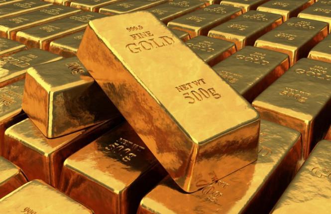 Золото остается на высоте
