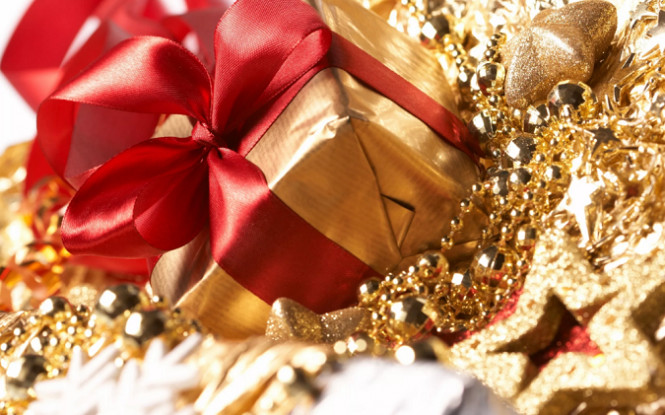 Золотой подарок для покупателей