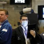 В надежде на спасение: фондовые рынки США растут в ожидании нового пакета стимулов