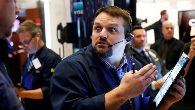 На пороге катастрофы: фондовый рынок США рискует обвалиться в самое ближайшее время