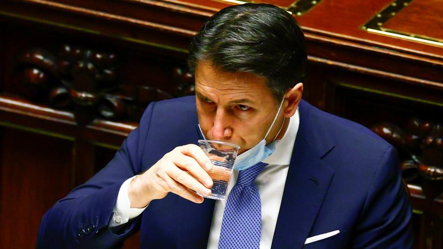 EURUSD и GBPUSD: Отставка премьер-министра Италии оказала временное давление на евро