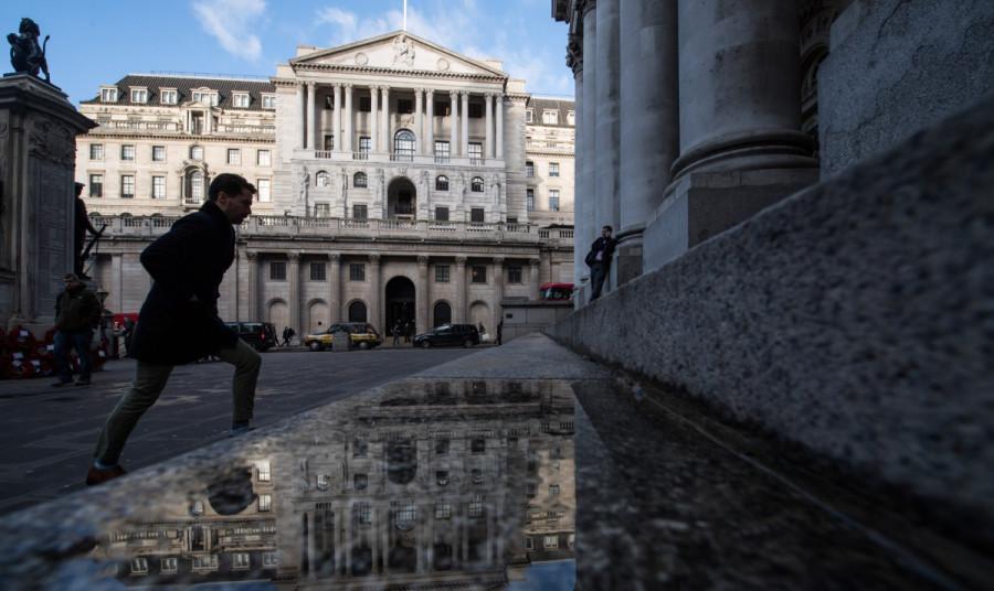 Почему британский фунт резко вырос, а не упал, как ожидалось? Чем ниже евро будет в ближайшей перспективе, тем более активных