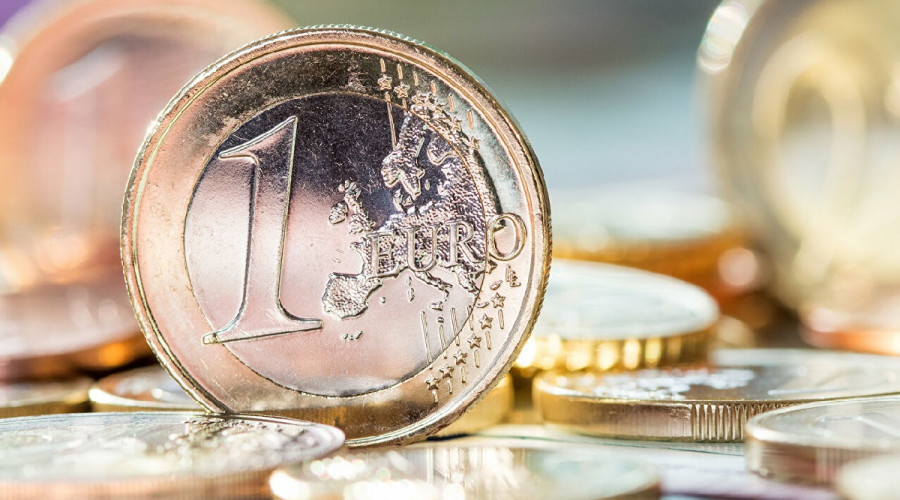 Сделка недели: покупка или продажа евро?