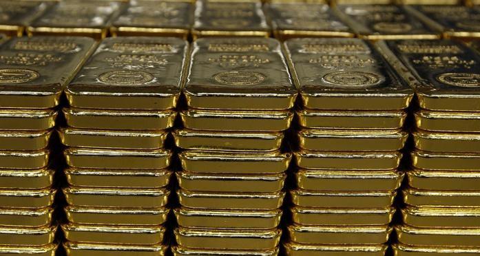 Золото продолжает терять в цене после очередного антирекорда