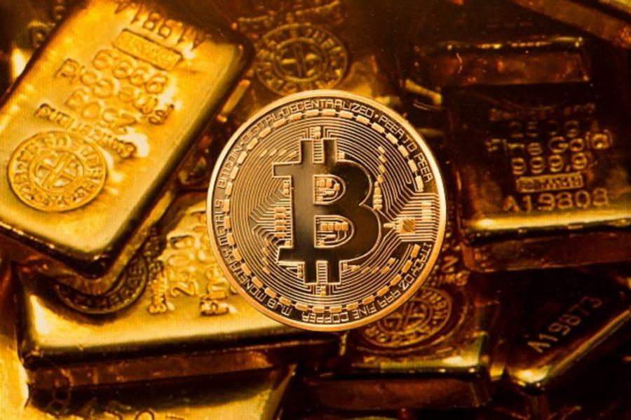 Биткойн медленно но верно вытесняет золото в качестве главного протективного актива от инфляции и делает его еще более слабым