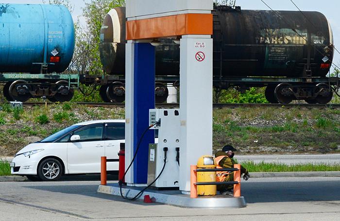Нефть верит в восстановление спроса на топливо этим летом