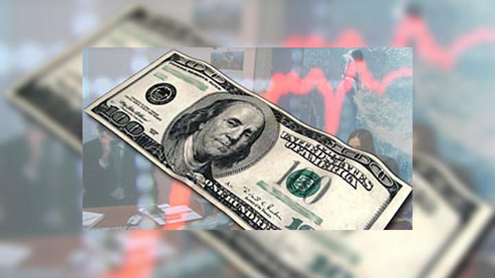 Доллар растерялся: внутренняя статистика из США и туманные перспективы экономики