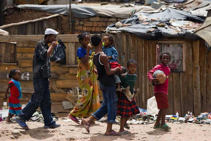 Всемирный банк: бедные станут еще беднее
