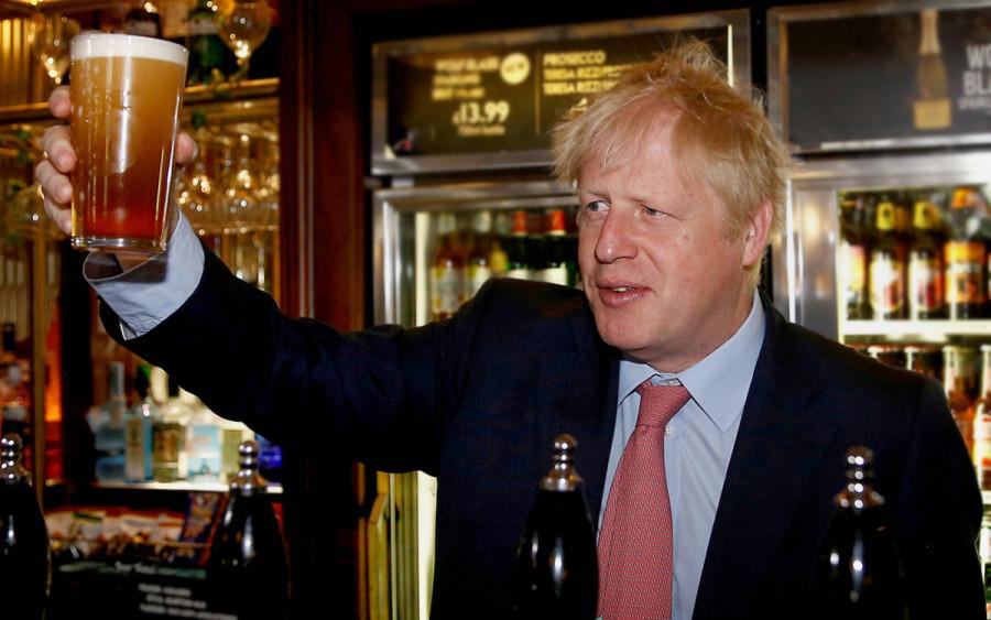 Британцам впору ликовать: Англия снимает ограничения