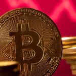 Биткоин взорвал криптовалютный рынок и вырос на 5 тысяч $ за несколько часов.
