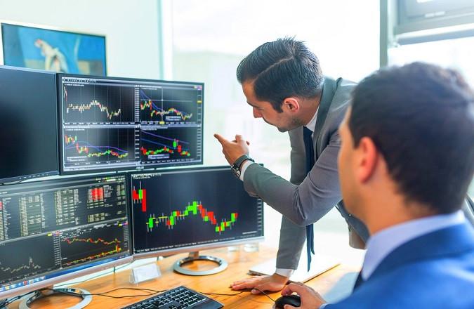 Большинство секторов в S&P 500 продолжает торговаться выше своих долгосрочных средних показателей, НО...