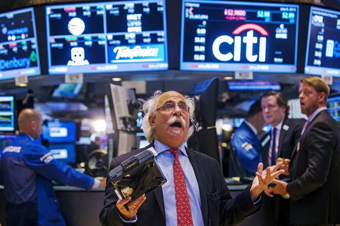 Фондовый рынок продолжает покорять новые вершины на фоне предварительной занятости в США
