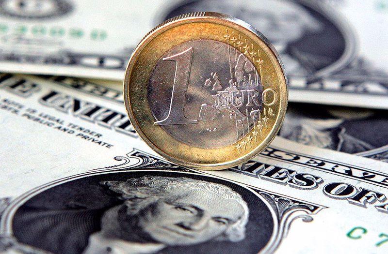EUR/USD: евро рискует продолжить откат, если, конечно, ему не протянет руку помощи Кристин Лагард