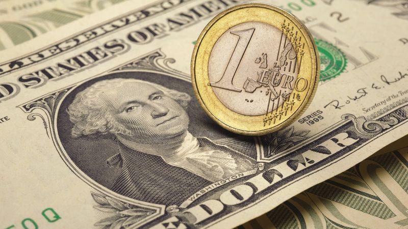 EUR/USD: доллар перешел границу, и теперь евро спокойно не спится