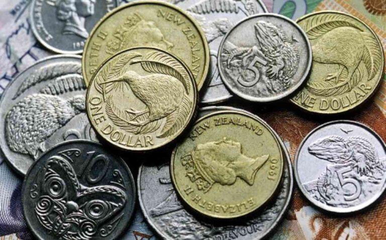 NZD/USD: полет «киви» прерывается, но он удержаться от падения пытается